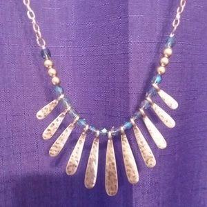 Jewelry - Goldtone Necklace